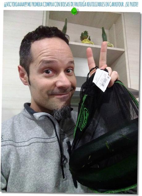 yo, con mi primera compra con bolsas de frutería reutilizables en Carrefour.