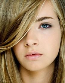 Usenet agrupa a modelos adolescentes 18
