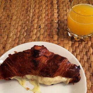 Croissant relleno, idea para desayuno