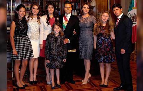La hija de Angélica Rivera le declara su #amor al  hijo de Peña Nieto #Mexico (+MariaTereza y Danilo  +FOTOS Y VIDEO)