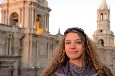"""""""Lo que más amo es observar cómo los pacientes luchan, luchan de verdad para salir adelante y lo logran"""", Karemi Rodríguez Batista"""