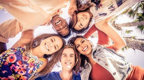 Aprender a ser feliz: el extraordinario curso de Yale que enseña a sus estudiantes a vivir la buena vida