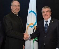 El Vaticano participa por primera vez como invitado en los Juegos Olímpicos: un español, a la cabeza