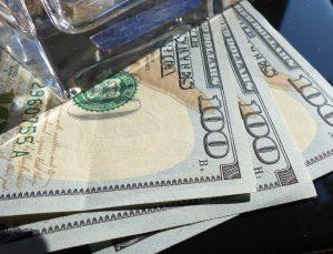 300-dollars-cash