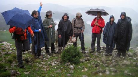 Senderismo y trekking: Caminando bajo la lluvia