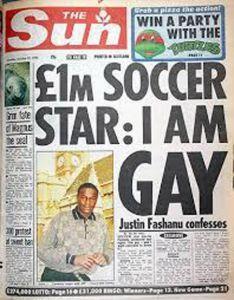 Justin Fashanu, primer futbolista profesional abiertamente homosexual.