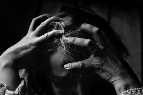 El peligro de rodearte de gente estresada