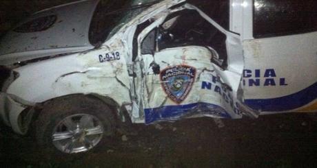 Muere agente de Policía en accidente en carretera Puerto Plata Navarrerte.