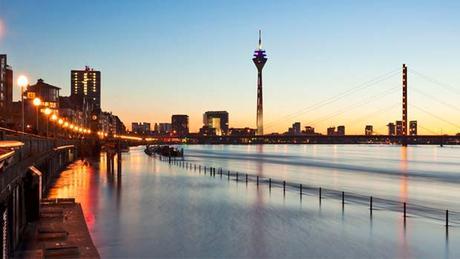 Visitando Düsseldorf un paraíso en Alemania