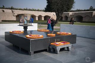 Mausoleo-Gandhi_India
