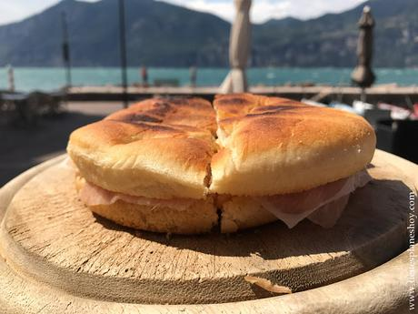 COmer en Lago di Garda Panini Brenzone