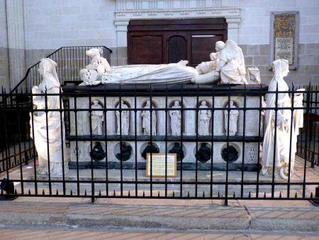 Alegorías de la tumba de Francisco II de Bretaña en Nantes