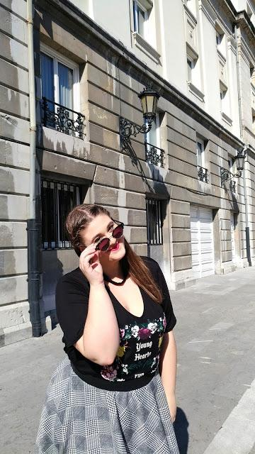 Falda skater + Camiseta choker ~ Plus size Fashion