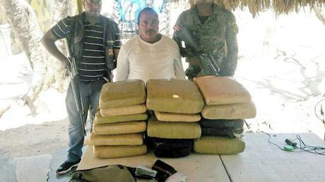 Payano Rivas (Catapulta), quien vivía en Neiba, fue apresado con cargamento de Marihuana.