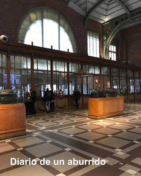 Más historias bruselenses. El salón del chocolate, el museo del ferrocarril y un restaurante típico