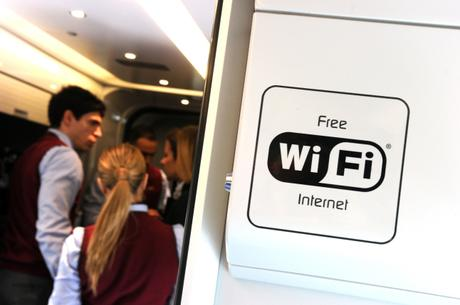 Alstom refuerza su oferta digital con la adquisición de 21net, experto en Internet a bordo