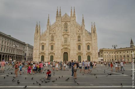 Plaza del Duomo MIlán visitar ciudad que ver Italia imprescindibles