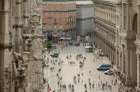 Subir a tejado terraza Duomo Milan viaje Italia vistas