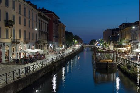 Navigli canales Milan noche turismo Italia