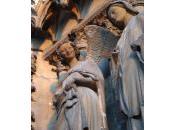 Ángel sonriente llora. Rouen Amiens