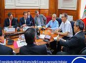 Entre ellos Nelson Chui: PRESIDENTE VIZCARRA RECIBE RESPALDO GOBERNADORES…