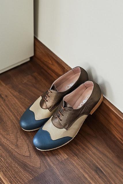 LALOBA, zapatos urbanos y actuales