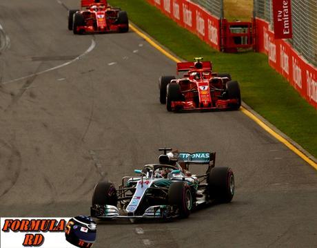 Hamilton cree que el rendimiento de Mercedes y Ferrari es igual   ligera ventaja