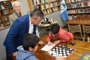 El vicegobernador Figueroa realiza un recorrido en Cutral-Có .