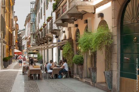 Barrio Brera MIlán bohemio Italia turismo