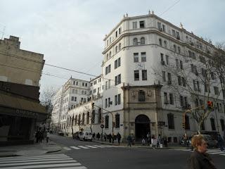 Temen venta del Centro Gallego en Buenos Aires