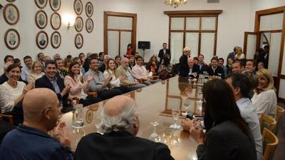 Gutiérrez reunió a su tropa y los alineó en la interna partidaria