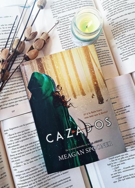 Reseña: CAZADOS - Meagan Spooner