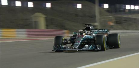 Lewis Hamilton admite que tendrá una remontada difícil mañana en la carrera