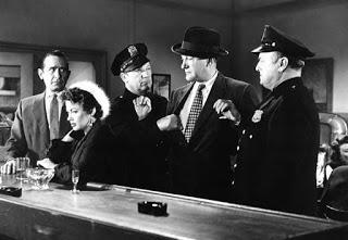 DEATH OF A SCOUNDREL (Amores de un impostor) (USA, 1956) Intriga, Policíaco