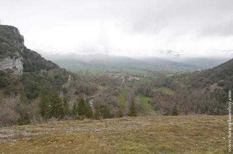 Visitar Ojo Guareña Burgos Merindades paisaje