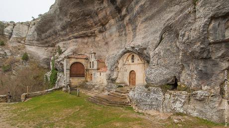 Ojo Guareña cueva san bernabé ermita san tirso paisaje singular  Burgos