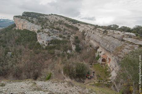 Paisajes Burgos Ojo Guareña turismo Ermita monumento piedra