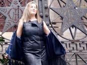 Cuero negro denim para outfit primaveral