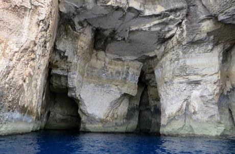 Otras de las grutas de la costa de Gozo