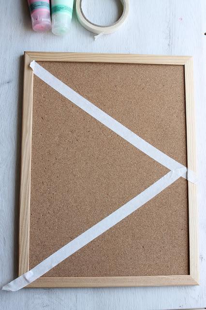 Diy Tablón de corcho geométrico