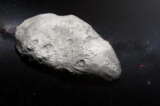 2004 EW95: Un vestigio del Sistema Solar exiliado a sus confines.
