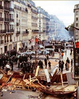 Avenida de París, durante los incidentes de mayo del 68.
