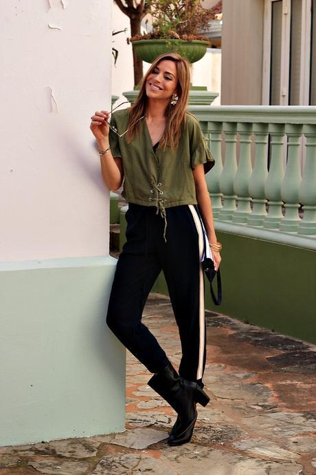 pantalon raya lateral