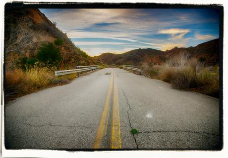Carreteras en mal estado, el vía crucis del transportista