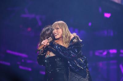 Taylor Swift & Selena Gomez - Rose Bowl 5/19/18