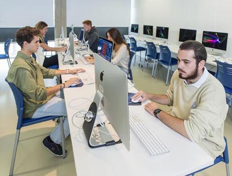 La Universidad Loyola lanza dos nuevos másteres pioneros en el ámbito de la comunicación digital