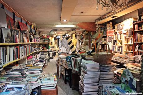 Bibliotecas y librerías del mundo   La librería Acqua Alta