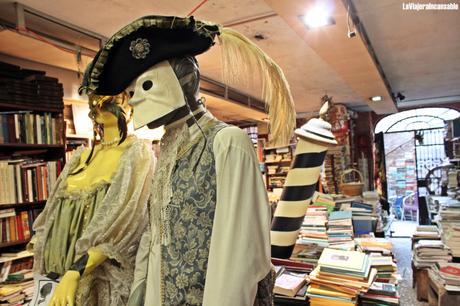 Bibliotecas y librerías del mundo | La librería Acqua Alta