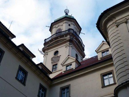 Torre astronómica y meridiana del Clementinum en Praga