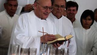Padre Roberto Padrós, Fundador de PAX y Comunidad de Jesús